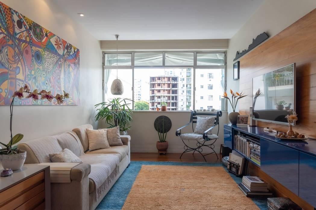 Sala de Estar e TV Salas de estar ecléticas por Arquinovação Eclético MDF