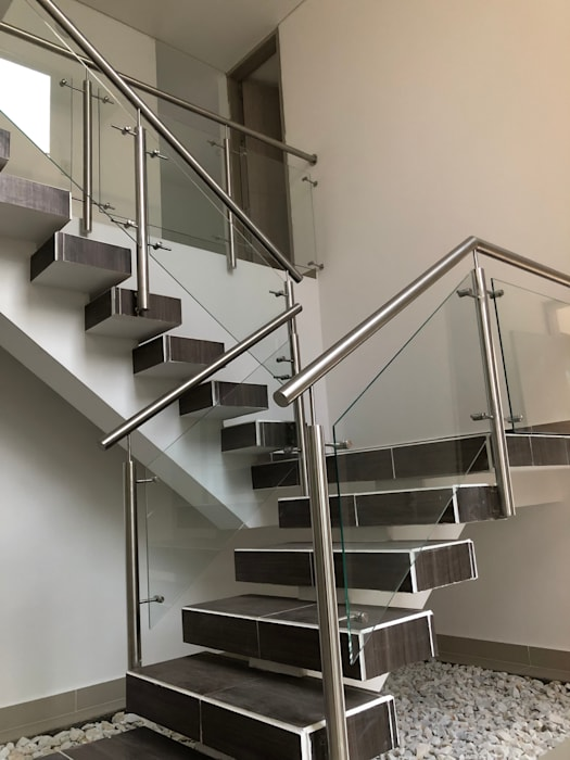 Stairs by SEQUOIA. Projects & Designs, Modern