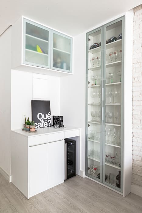 Mirá Arquitetura Salon moderne MDF Blanc