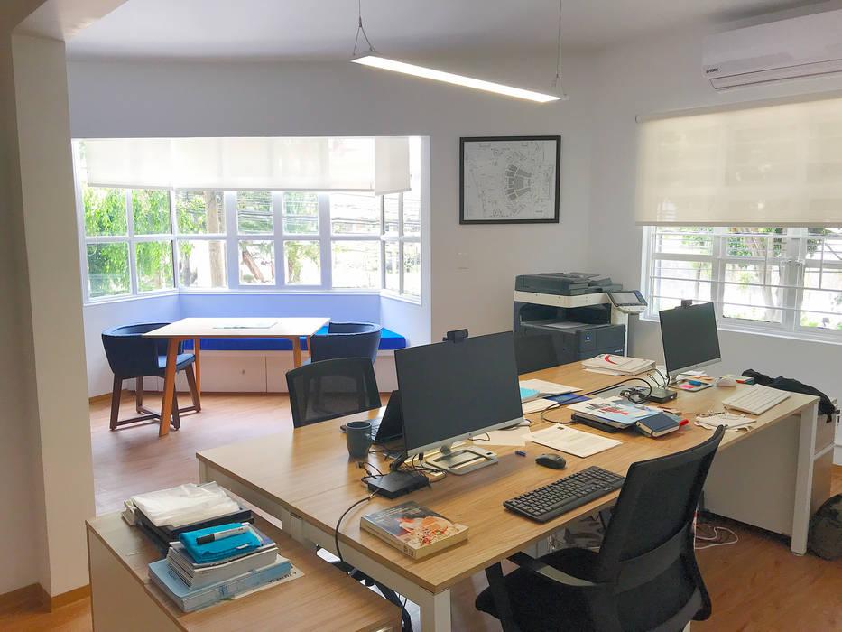 Mediterranean style study/office by Urbyarch Arquitectura / Diseño Mediterranean