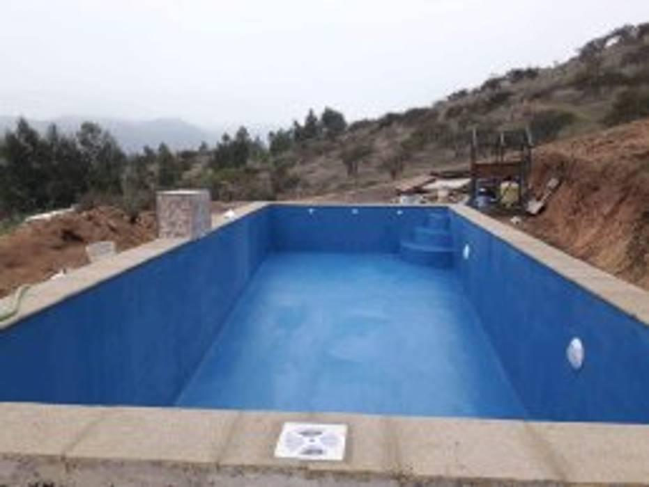 piscina de 12 x 6 mt2.-: Piscinas de jardín de estilo  por ARQUIMOB E.I.R.L, Tropical