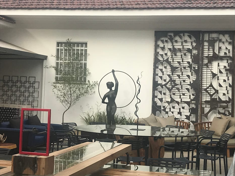 Izabella Biancardine Interiores บาร์และคลับ