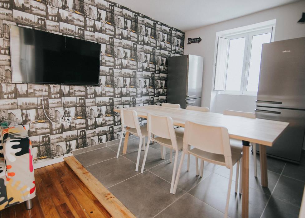 Moderne Wohnzimmer von Grupo Prummo Modern