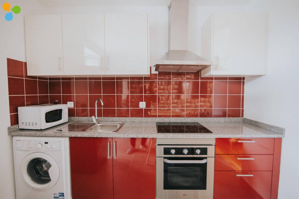 Kitchen by Grupo Prummo , Modern