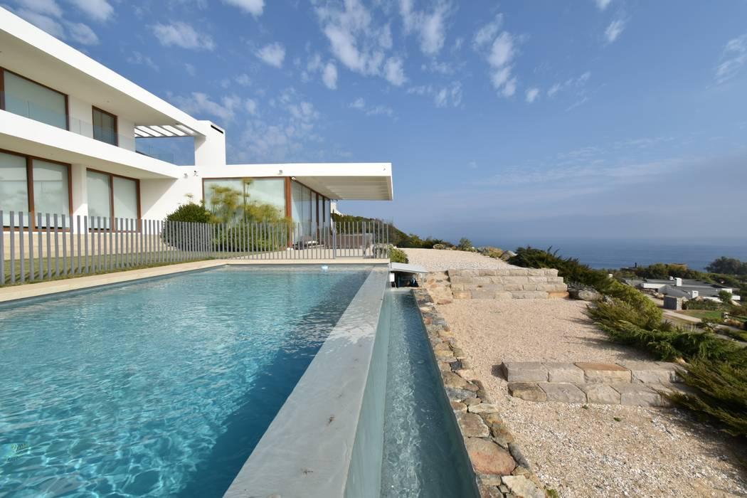 Fundo Zapallar Summer House by 3CPropiedades y Arquitectura Mediterranean