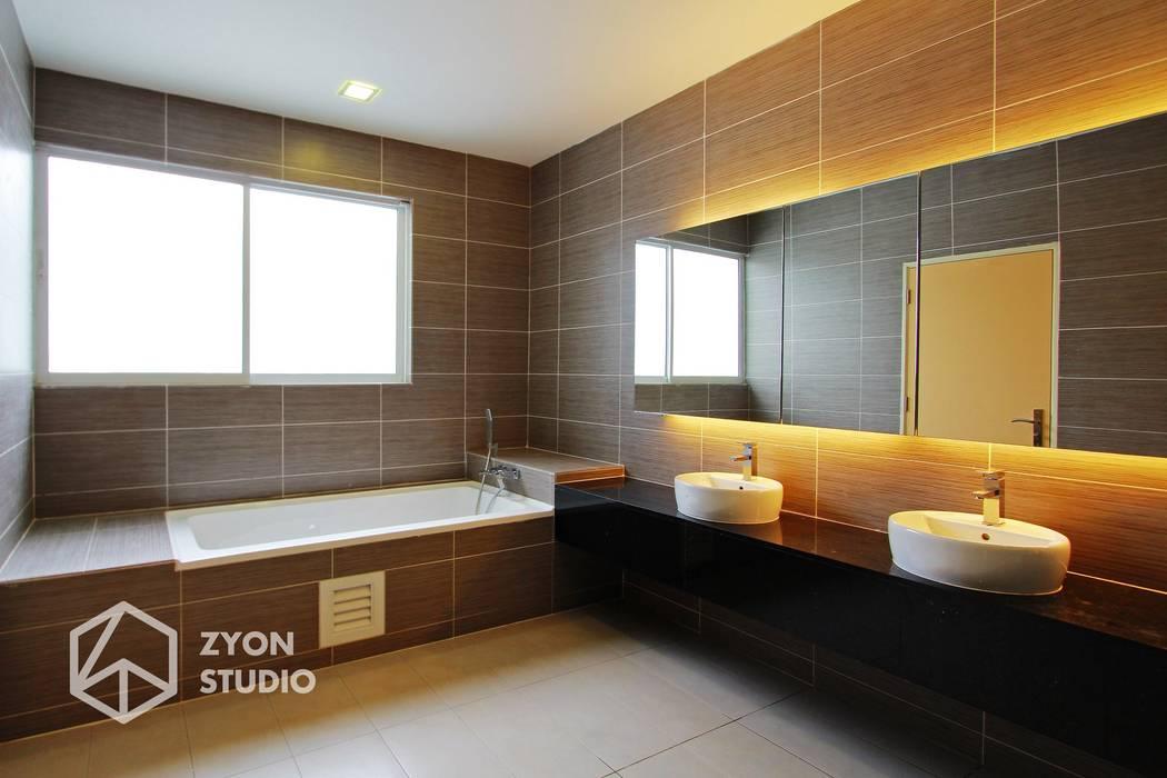 Kiara Residence Puchong Modern style bathrooms by ZYON STUDIO SDN BHD(fka zyon interior design sdn bhd) Modern