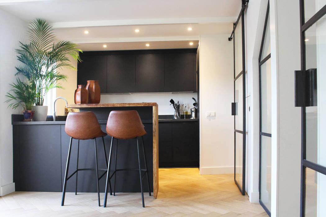 Kitchen Design:  Keuken door Katriona Alice, Industrieel