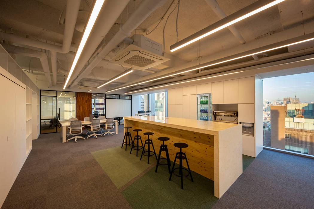 브랜드칸 E 사무실 인테리어 리모델링 - 바 by studio FOAM 모던