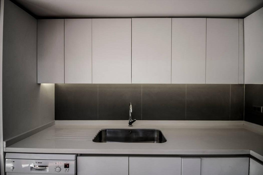 Cocina de arquitectura oficio spa Rústico