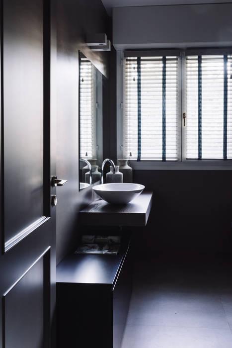 Lucia Bentivogli Architetto Modern style bathrooms