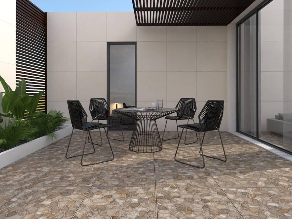 Exterior con piso estilo pidra Balcones y terrazas rústicos de Interceramic MX Rústico Cerámico