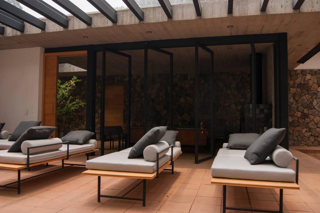 Saavedra Arquitectos Moderner Balkon, Veranda & Terrasse