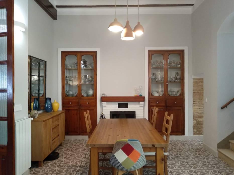 Reforma de comedor rústico Comedores de estilo rústico de Gestionarq, arquitectos en Xàtiva Rústico Madera Acabado en madera