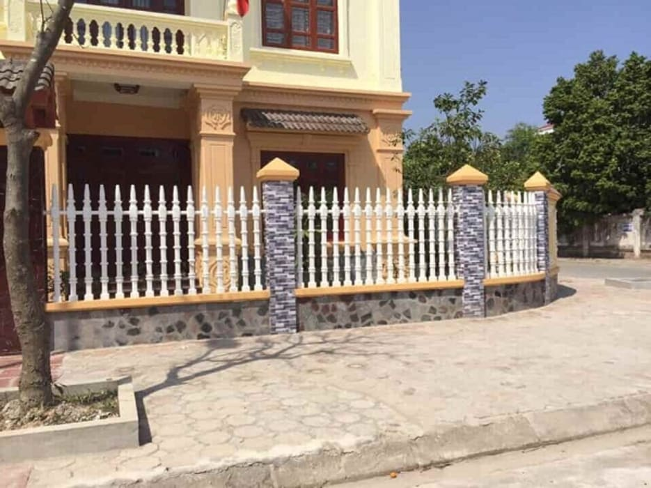 Hoàn thiện công trình hàng rào trụ tháp biệt thự gia đình anh Đức, khu đô thị mới Yên Phong, Bắc Ninh:  Biệt thự by Hàng rào ly tâm Bilico, Hiện đại Bê tông