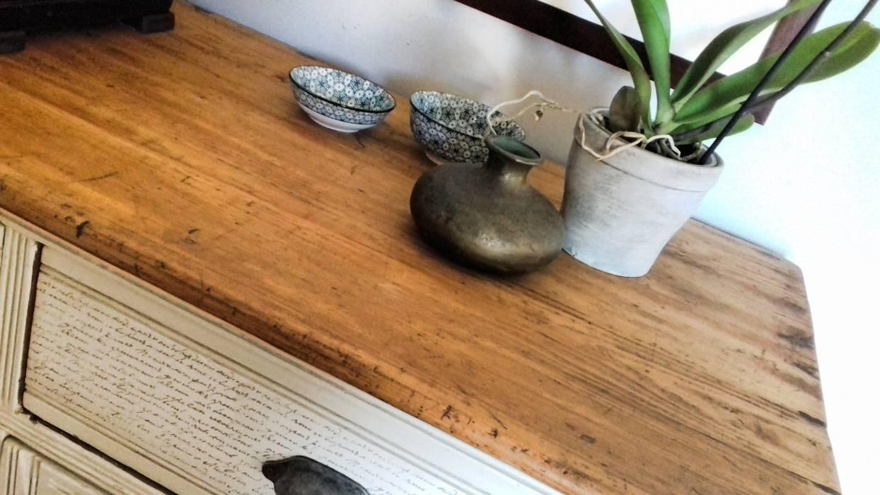 Piano legno trattato con olio o cere: cucina piccola in ...