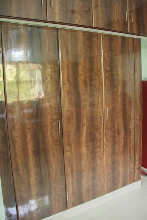 Bedroom Closet Ajith interiors BedroomWardrobes & closets Plywood Wood effect