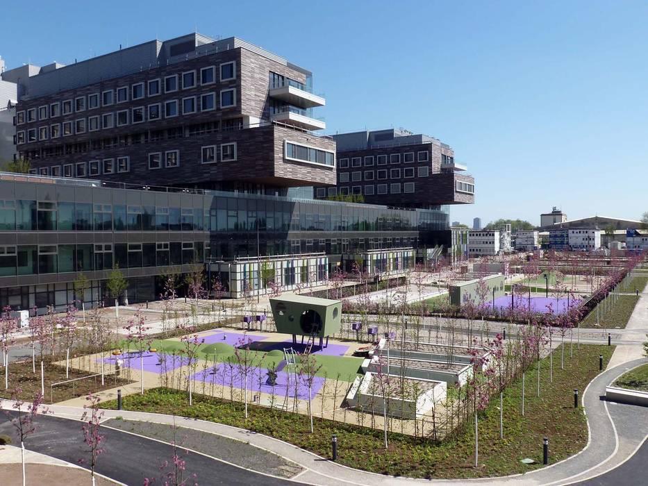 Therapiegarten Moderne Krankenhäuser von Albert Wimmer ZT GmbH Modern