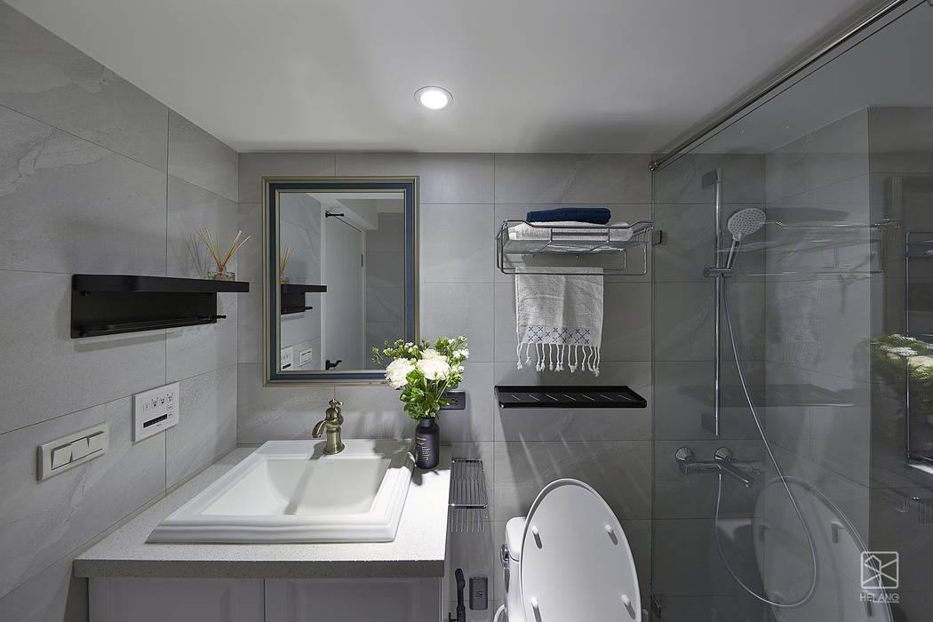 Phòng tắm theo 禾廊室內設計, Kinh điển