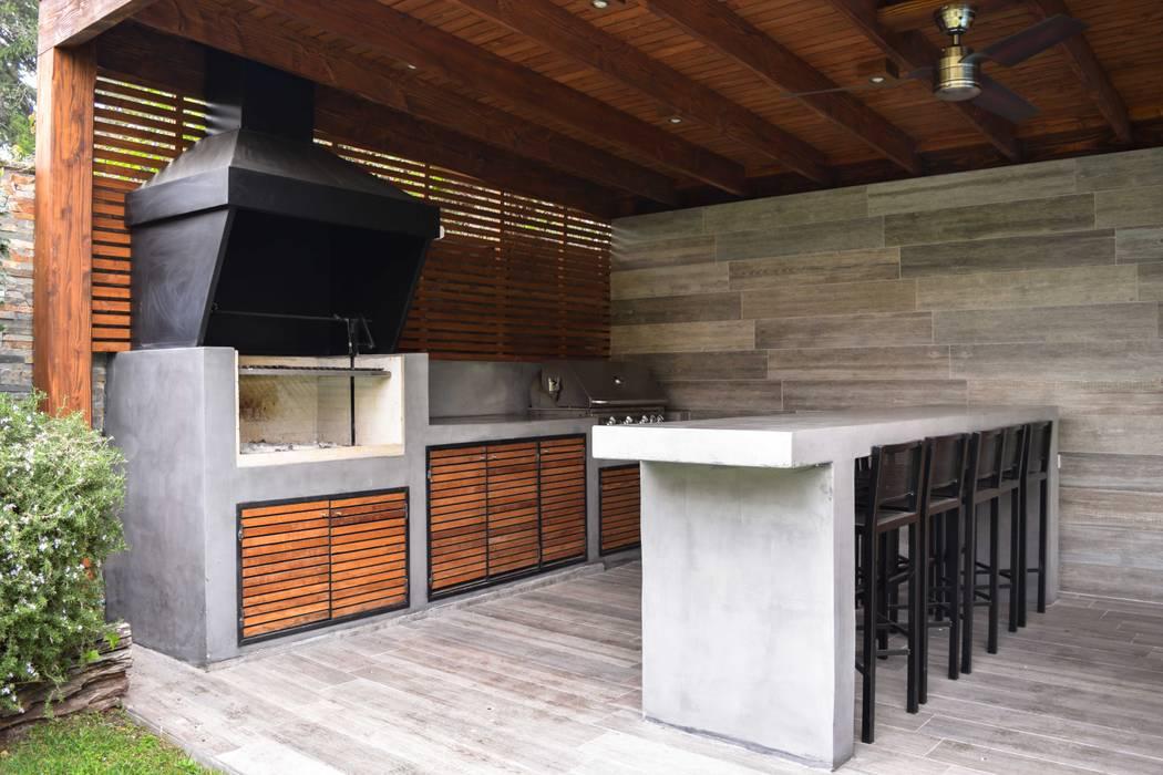 Quinchos Comercial Dominguez Balcones y terrazas modernos