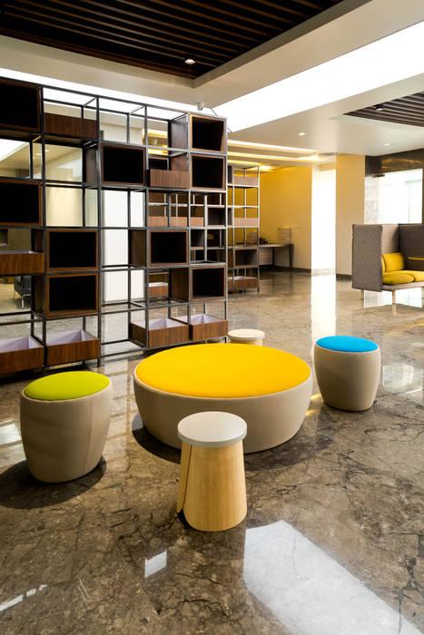 Breakout Area Modern office buildings by Tanish Dzignz Modern