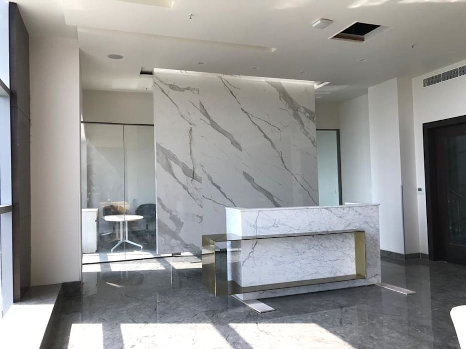 Reception Modern office buildings by Tanish Dzignz Modern