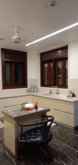 Modular Kitchen in Chennai by Hoop Pine Interior Concepts Modern Glass