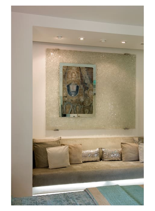 master bedroom Modern style bedroom by Tanish Dzignz Modern