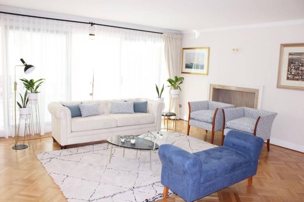Remodelacion y decoración de interiores de Living Estudio Arquitectura y construccion PR/ Remodelaciones y Diseño de interiores / Santiago, Rancagua y Viña del mar