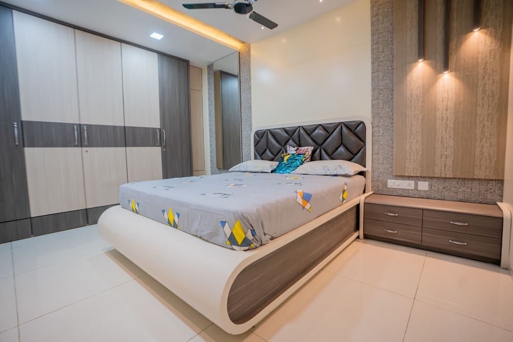 Luxurious Bedroom Designed By Nabh Design Associates Nabh Design Associates Modern Style Bedroom Plywood White Homify