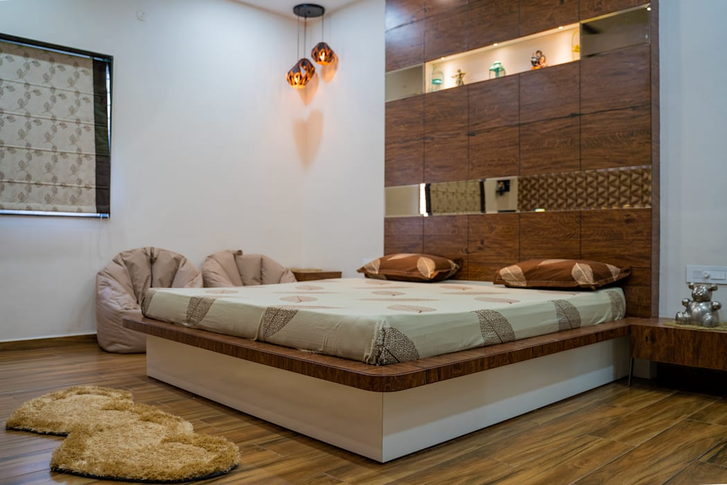Attractive Bedroom Design By Nabh Design Associates Nabh Design Associates Modern Style Bedroom Plywood Black Homify