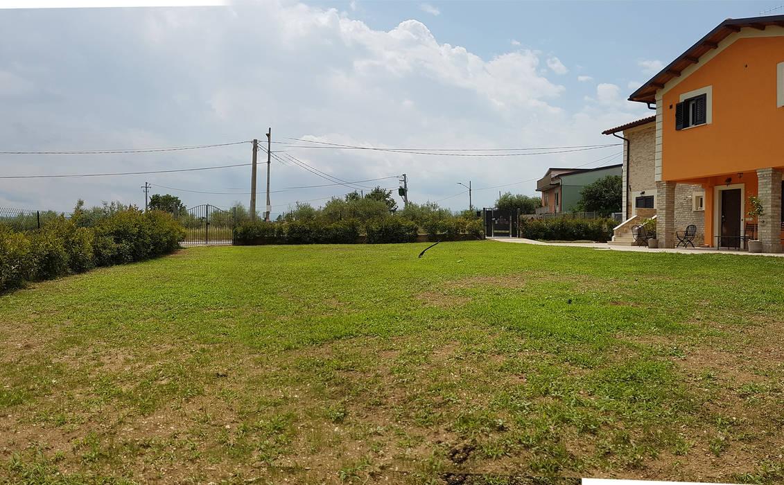 prima : Giardino anteriore in stile  di Adriana Pedrotti -Verde Progetto, Mediterraneo