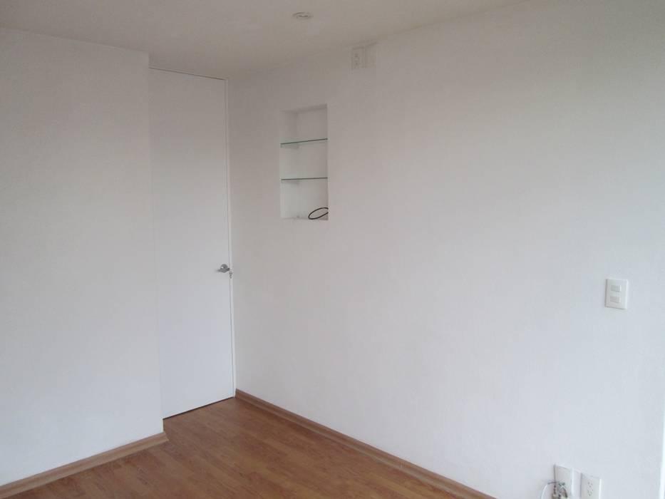 PINTURA Y NICHOS Paredes y pisos de estilo minimalista de MADAN Arquitectos Minimalista