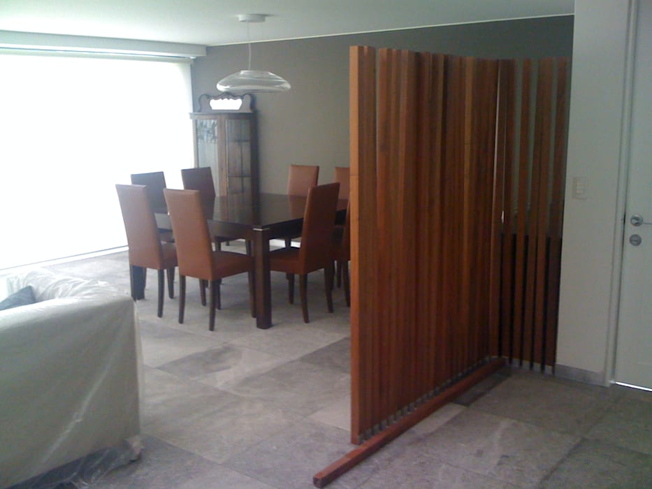 Koridor & Tangga Modern Oleh MADAN Arquitectos Modern Marmer