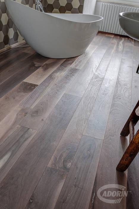 Parquet Vecchia Noghera Corteccia spazzolata di Cadorin Group Srl - Italian craftsmanship Wood flooring and Coverings Industrial