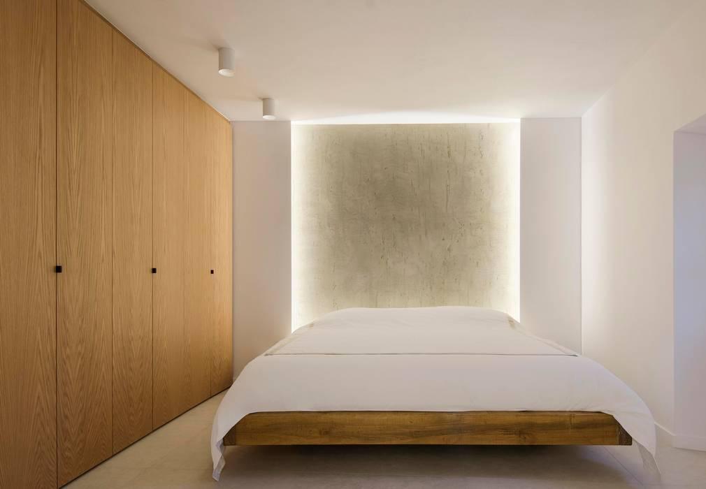 Mediterranean style bedroom by Minimal Studio Mediterranean