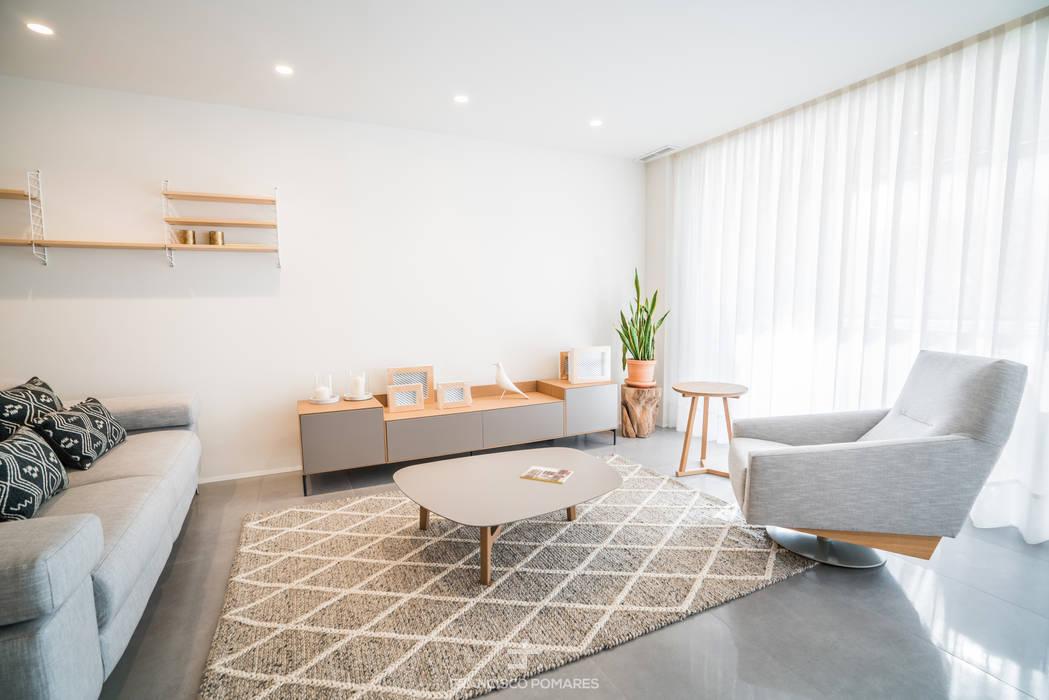 Ruang Keluarga Modern Oleh Francisco Pomares Arquitecto / Architect Modern