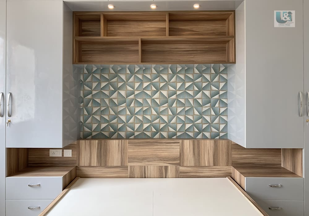 Bed & Headboard with Wall Paper in the back drop: modern  by U and I Designs,Modern