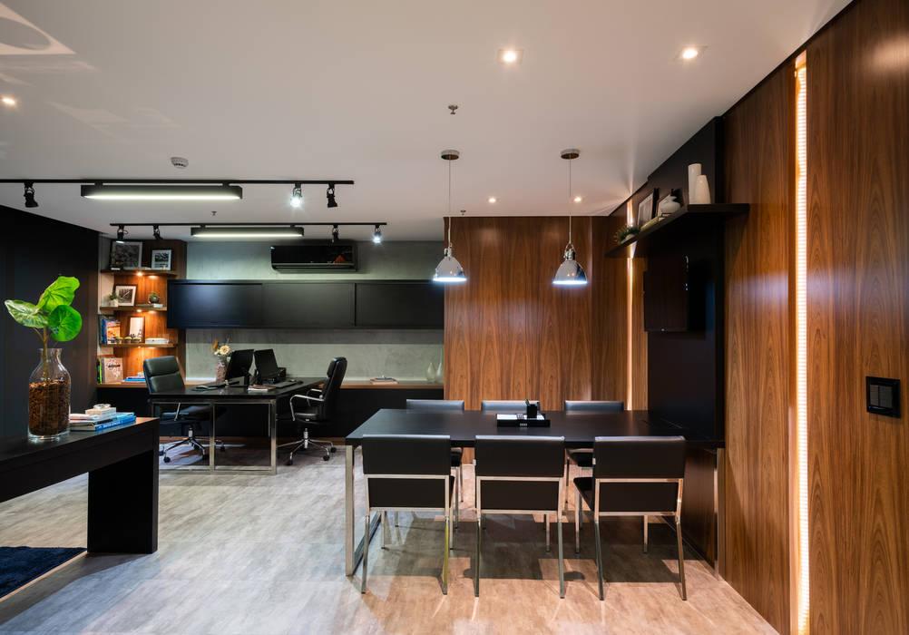 Studio Ideação Ruang Komersial Modern