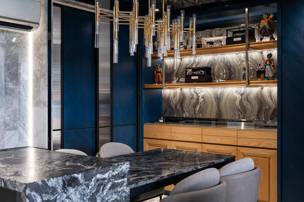 客餐廳端景櫃 Modern dining room by 你你空間設計 Modern Marble