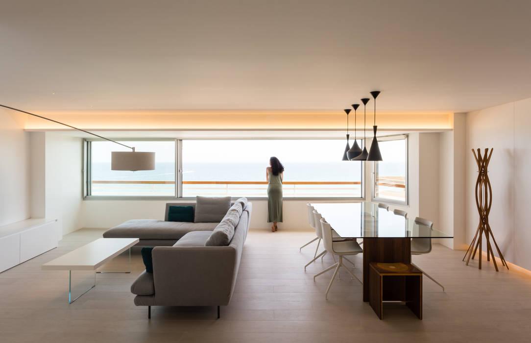 Apartamento BR de yuû arquitectura Minimalista Vidrio