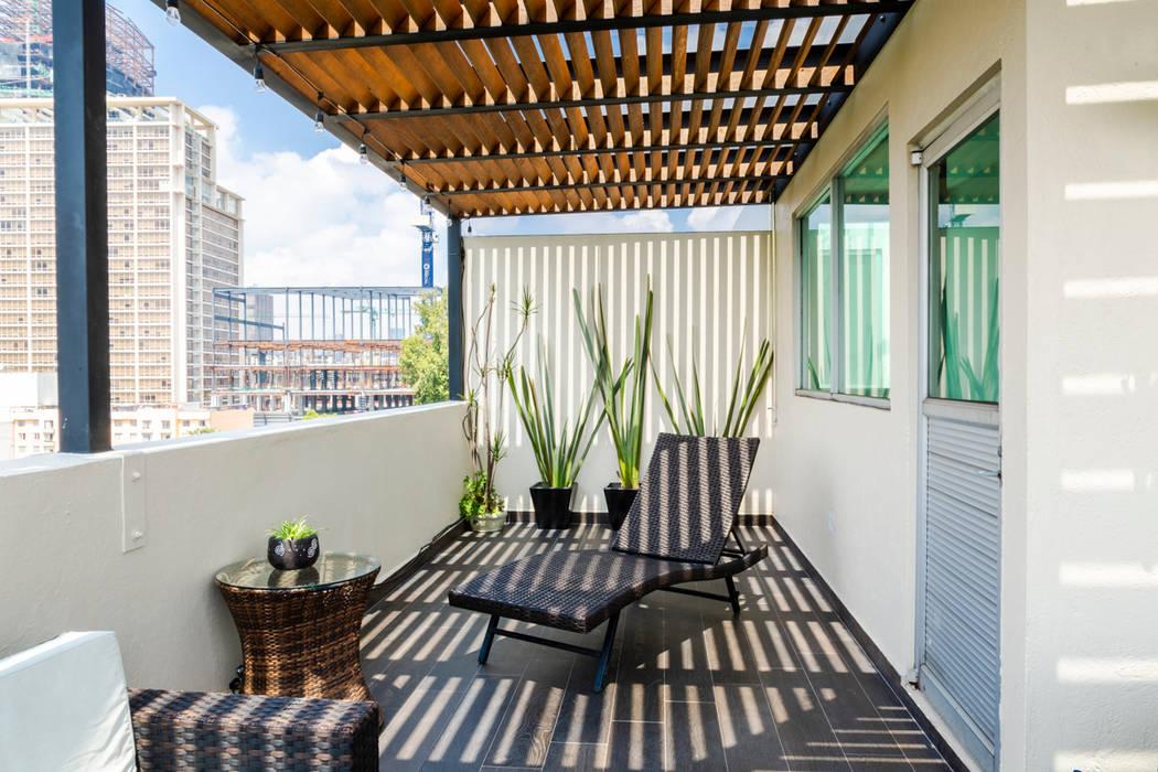 Terraza 3 emARTquitectura Arte y Diseño Balcones y terrazas clásicos Cerámico Beige