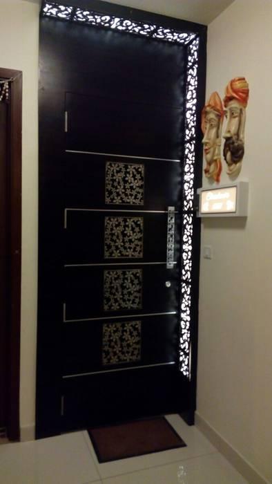 Doors Minimalist style doors by SPACE DESIGN STUDIOS Minimalist
