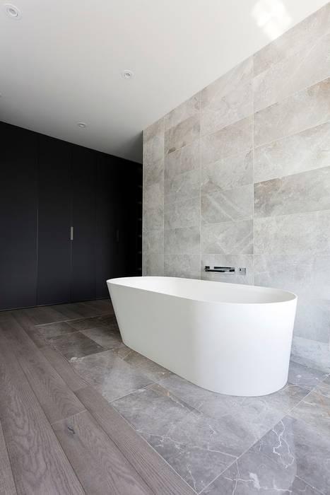 Edgehill Residence:  Bathroom by Zoubeir Azouz Architecture, Modern