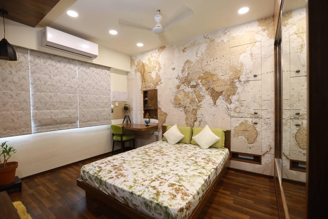 Sunita Sreeram house: eclectic  by Fluid Studio, Eclectic Paper