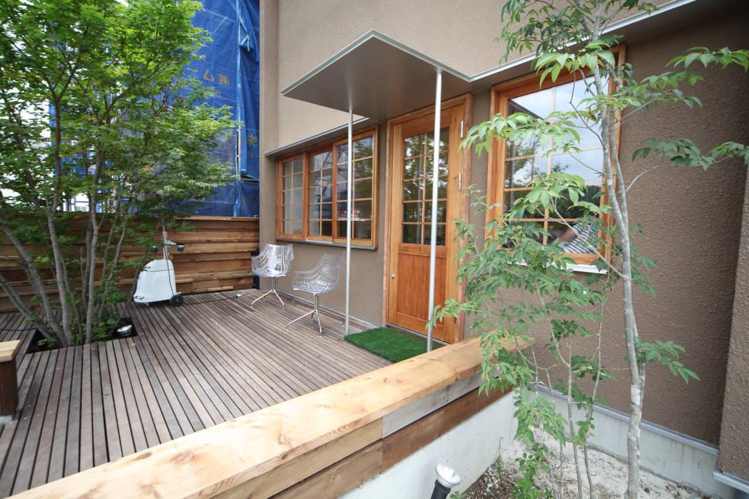 Scandinavian style garden by 株式会社高野設計工房 Scandinavian