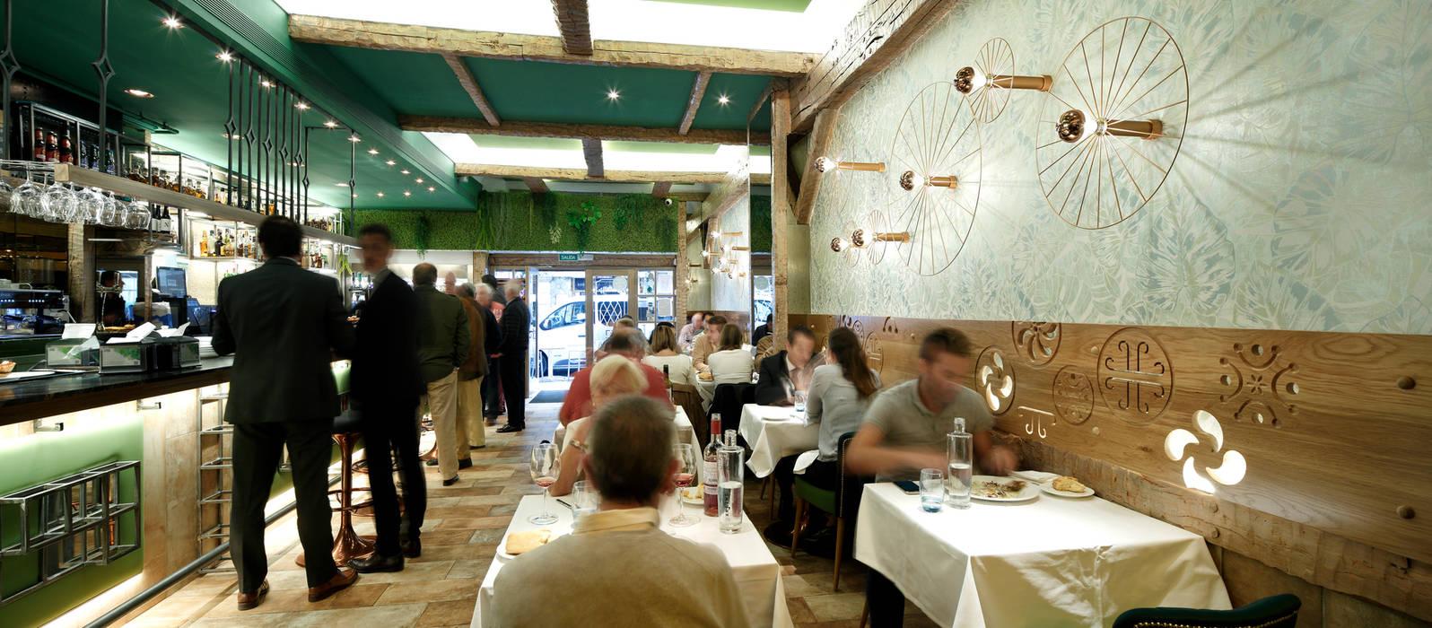 Proyecto hostelería en tiempo récord, restaurante Markina Gastronomía de estilo clásico de Ceyeme Clásico