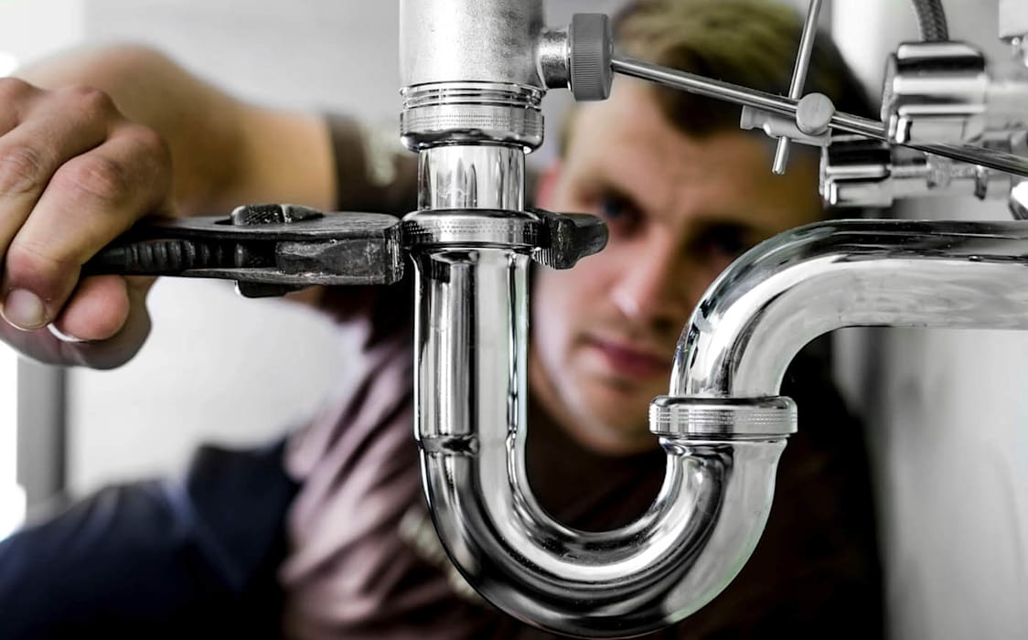 plumber in cape town:  Bathroom by Cape Town Plumber Pro's (Pty) Ltd, Classic