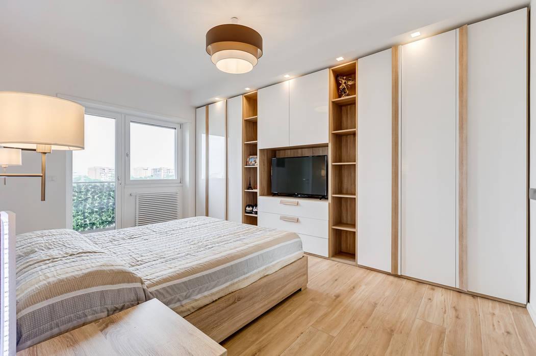 TOWER HOUSE: Camera da letto in stile  di EF_Archidesign, Scandinavo