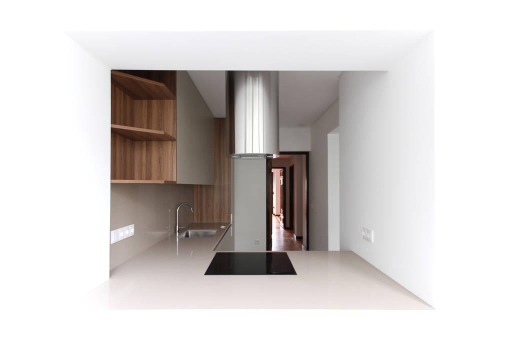Cocinas de estilo industrial de EMME Atelier de Interiores Industrial