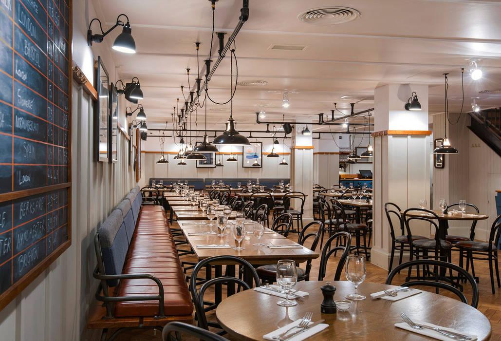 Pint Shop, Cambridge, UK Klassieke gastronomie van White Space Studio Klassiek Hout Hout